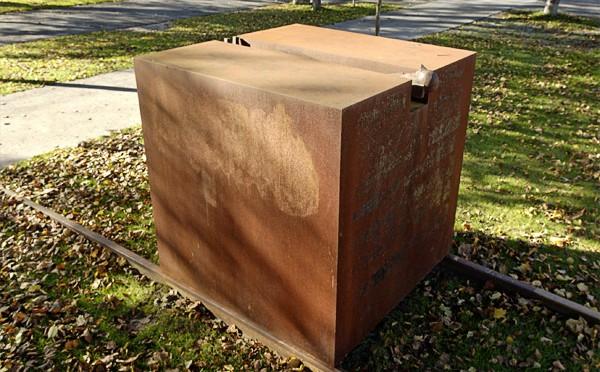 Shoah – Skulptur von Schang Hutter